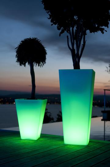 RUMBA Designleuchte mit LED Farbwechsel