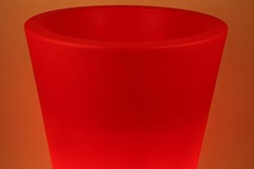 Point Garden Pflanzkübel rot beleuchtet