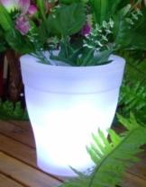 Solar Blumentopf mit LED Beleuchtung